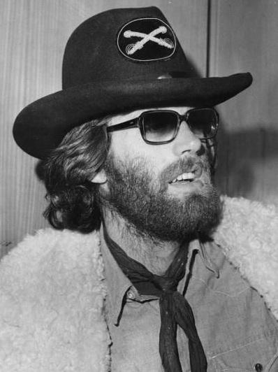 Peter Fonda na época em que vivia entupido de drogas.