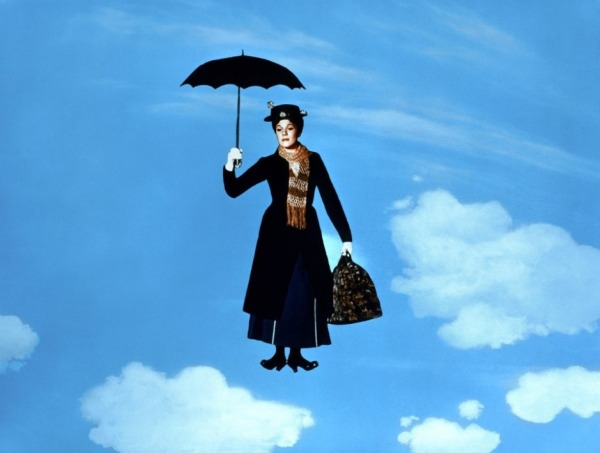 Julie Andrews como Mary Poppins, no filme de 1964.