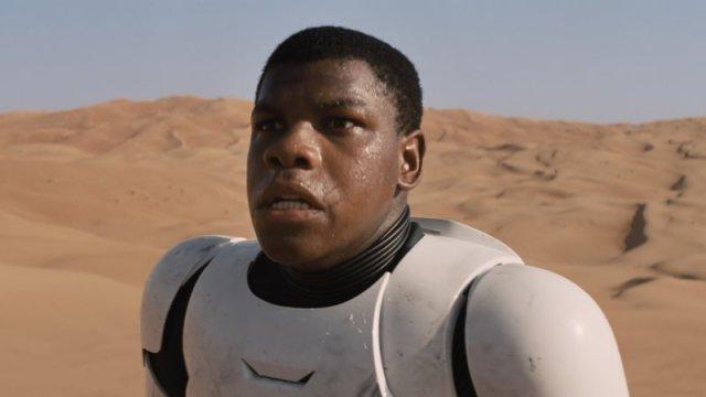 "John Boyega no trailer de ""Star Wars"""