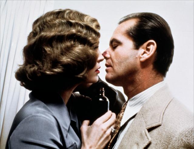 Faye Dunaway e Jack Nicholson em cena de Chinatown